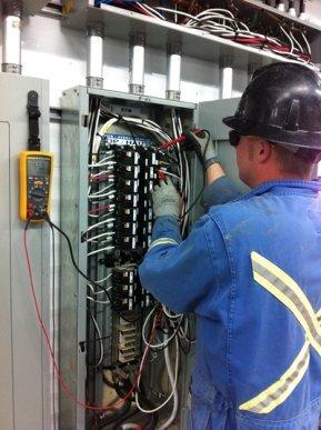 Industrial electrician Dusten Huebner