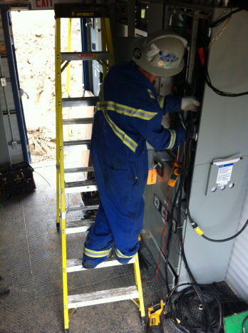 Be safe at work with electrical safety training.