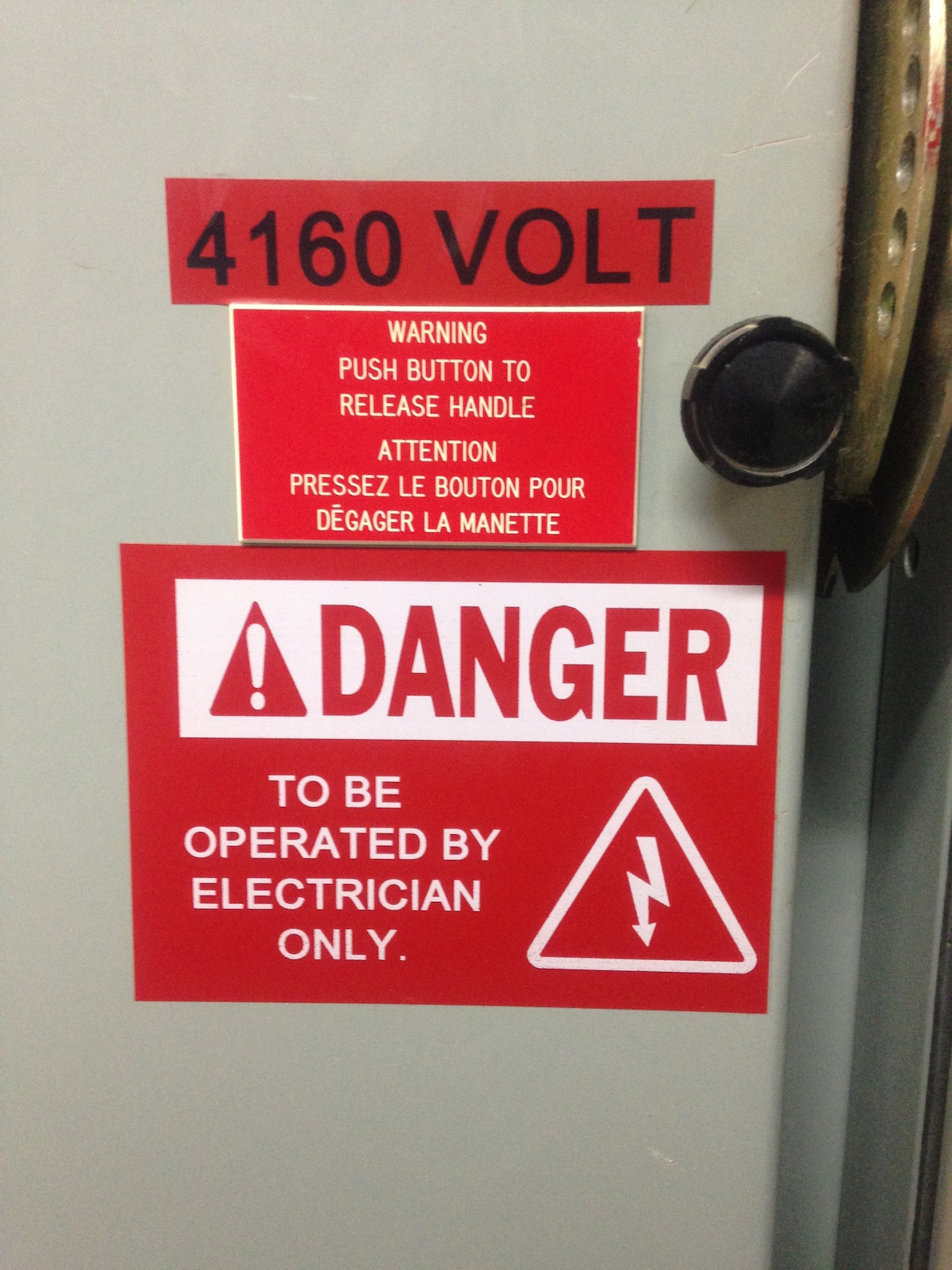 Electrical Safety Signs  Vital To Safety At Work