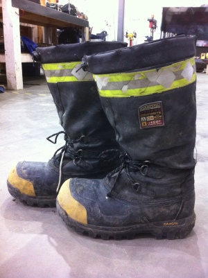 My stinky winter ohm rated work boots